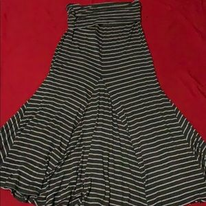 Elan Skirts - A long ballon stripe skirt size L